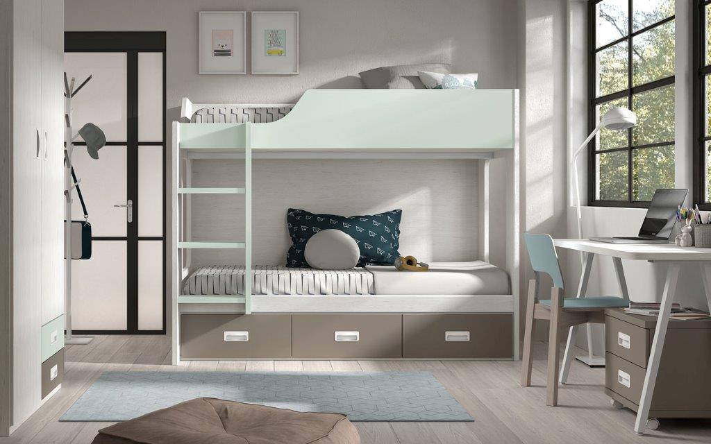 Dviaukšte-lova-su-stalčiais-jaunuolių-kambariui