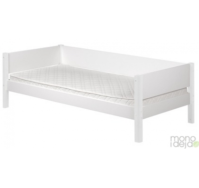 Flexa white lova su rėmu