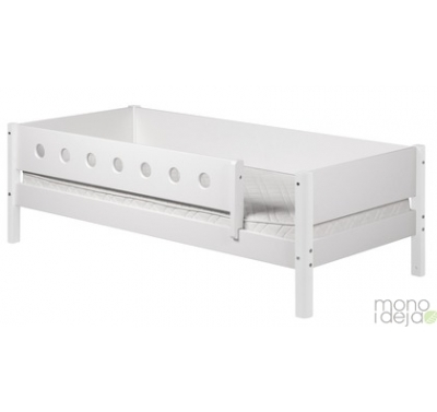 Flexa white bed