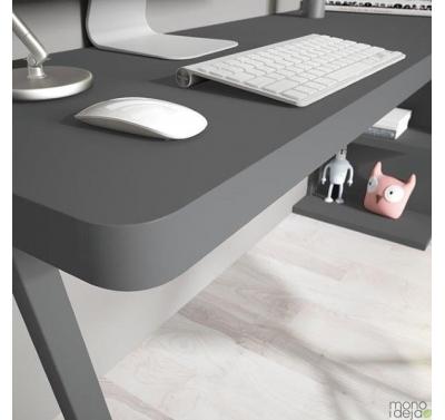Rašomasis stalas F026